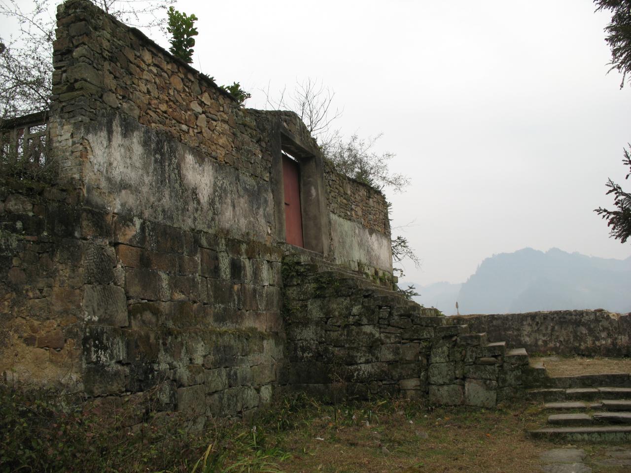 张王庙残垣断壁